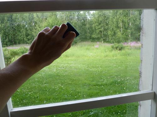 Vaihe 4: Kostuta ikkunalasi vedellä