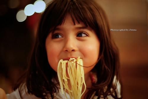 Halpaa ruokaa suun täydeltä (Flickr: » Zitona «)