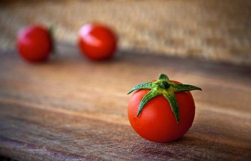 Tomaatteja, tomaatteja