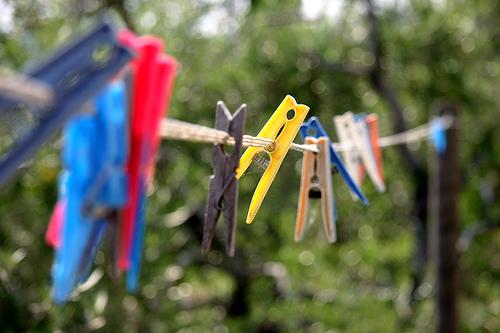 Pyykin kuivaaminen ulkona säästää rahaa
